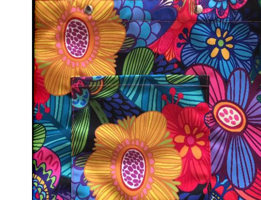 Khawatir hasil print kain berbeda dengan yang diharapkan? Kami memberikan layanan test print / proofing di kain yang Anda inginkan. GRATIS bagi pemesanan diatas 10 meter.